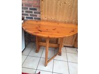 Solid Pine dining table drop leaf Circular
