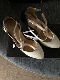 Women's shoes cream