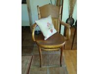 Rare 1930s Bentwood Bistro chair Ribbed wood -cushion is only display not incl