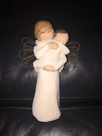 Willowtree Angel - Angel's Embrace