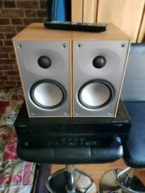 Yamaha rx-373 av receiver and 2 Mardaunt short 902i speakers for sale