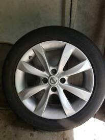 Nissan note Spare alloy wheel