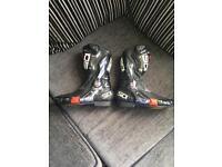 Motorbike Sidi Boots size 8 (9)