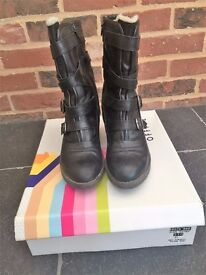 Womens Knox Strappy Wedge Boot Size 8 (Euro 41) (Office Brand)