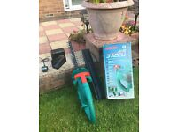 BOSCH AHS 3/4 Accu cordless hedge trimmer 12v with blade cover - battery & battery charger
