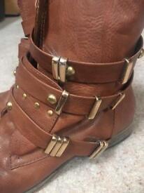 Women's size 7 tan boots