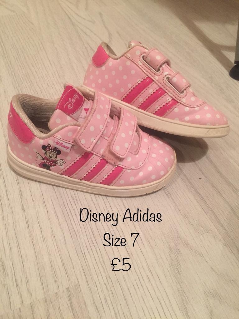 80dc013fbb37 Disney Adidas Minnie Mouse trainers