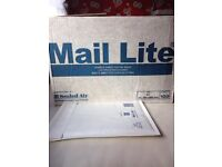 White Padded Envelopes - Size D1 bubble lined postal bags x75 Mail Lite with self seal strip