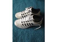 K-Swiss Outshine tennis shoes. New. Size 6.