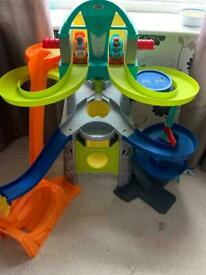 Fisher price little people launch and loopway