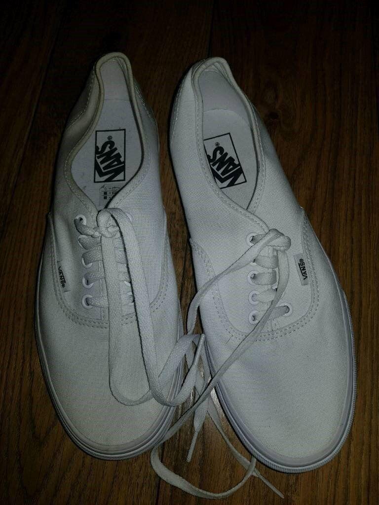 027564c3e55c White unisex Vans shoes size uk 8.5 ...
