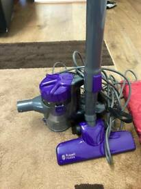 Vacuum cleaner russell Hobbs