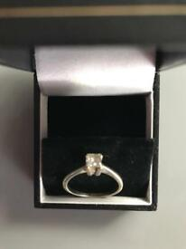 Princess cut 18ct white gold solitaire diamond ring