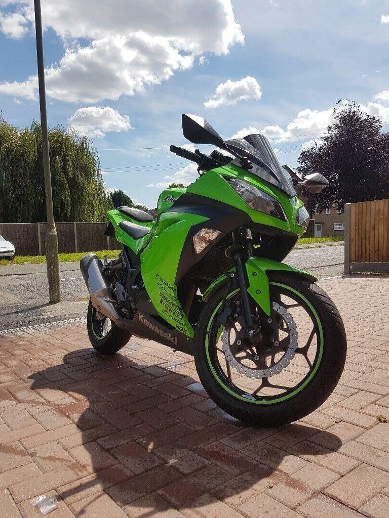 Kawasaki Ninja 300 2014 Motorcycle Motorbike A2 Good Condition Green With Extras