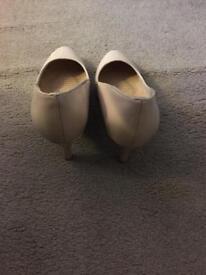 Size 5 heels. £5 each