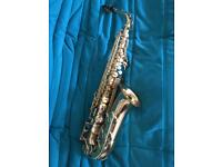Yamaha YAS-32 Saxophone