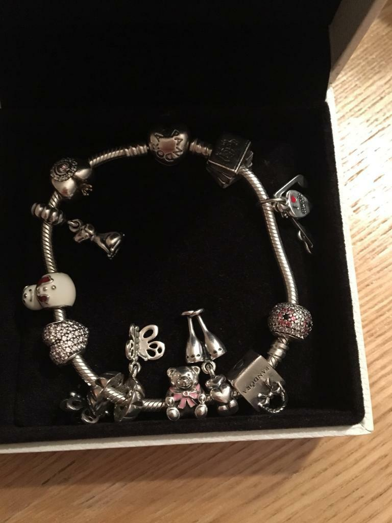 "*8"" heart clasp pandora bracelet with 12 charms*"