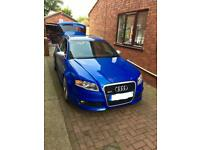 Audi RS4 blue Avant