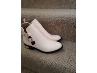 Pink Chelsea boots never worn