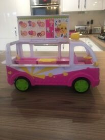 Shopkins Ice Cream Truck with Shopkins collectibles