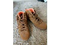 Nike camel trainers UK size 10