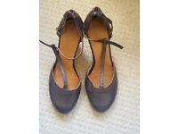 Spanish style 3-inch heels £25 new unused