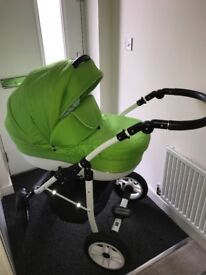 3in 1 pram, great condition,green(universal)