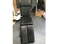 Hydraulic tattoo/massaging couch/chair