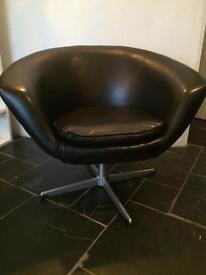 Vintage 1960s Scandinavian egg swivel chair