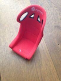 Auto Art ceramic race seat desktop phone holder.