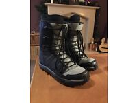 Men's Rossignol Snowboard Boots Size UK10, good condition, hardly used!