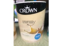Crown breatheasy ivory cream Matt emulsion 5 litres -£15