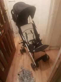 Hauk pram, baby carrier car seat and 4 piece baby bag