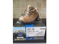 MEINDL Ladies Walking Shoes size 4