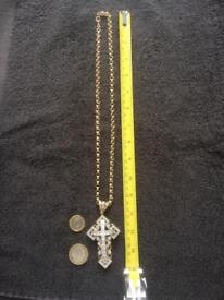 Gold cross/crucifix and chain