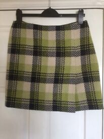 Hobbs classic woollen fully lined skirt
