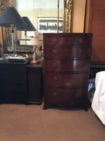 TOP CONDITION VICTORIAN MAHOGANY CHEST OF DRAWERS-BOW CHEST ON SPLAM BRACKET FEET -£350 UNTIL 16 NOV