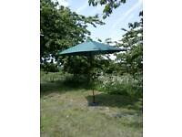Large garden parasol sunshade, never used