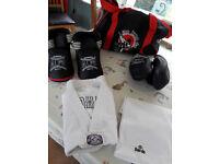 Taekwondo kids suit, pads and bag
