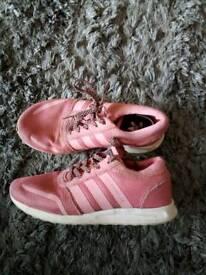 Girls Adidas Los Angeles size 1