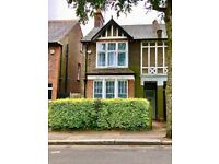 Large 3 Bedroom House, Newly refurbished, Wardown Park Area, 10 min walk to station.