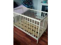 Adjustable Height Baby Cot