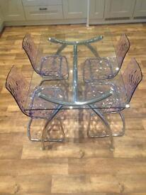 Glass Calligaris table and 4 chairs