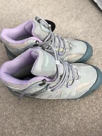 BNWT Regatta Cross Stones stone girls walking boots***