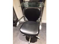 Hairdressing / Barbers chairs x2