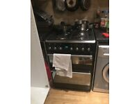 Cooker, gas hob and electric oven