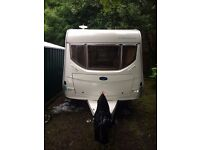 Caravan, Touring Lunar Chateau 450, 4/5 Berth, light weight, very clean lots of extras inc 3 awnings