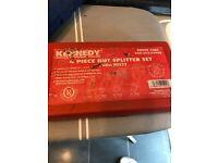 Kennedy 4 piece nut splitter set never used