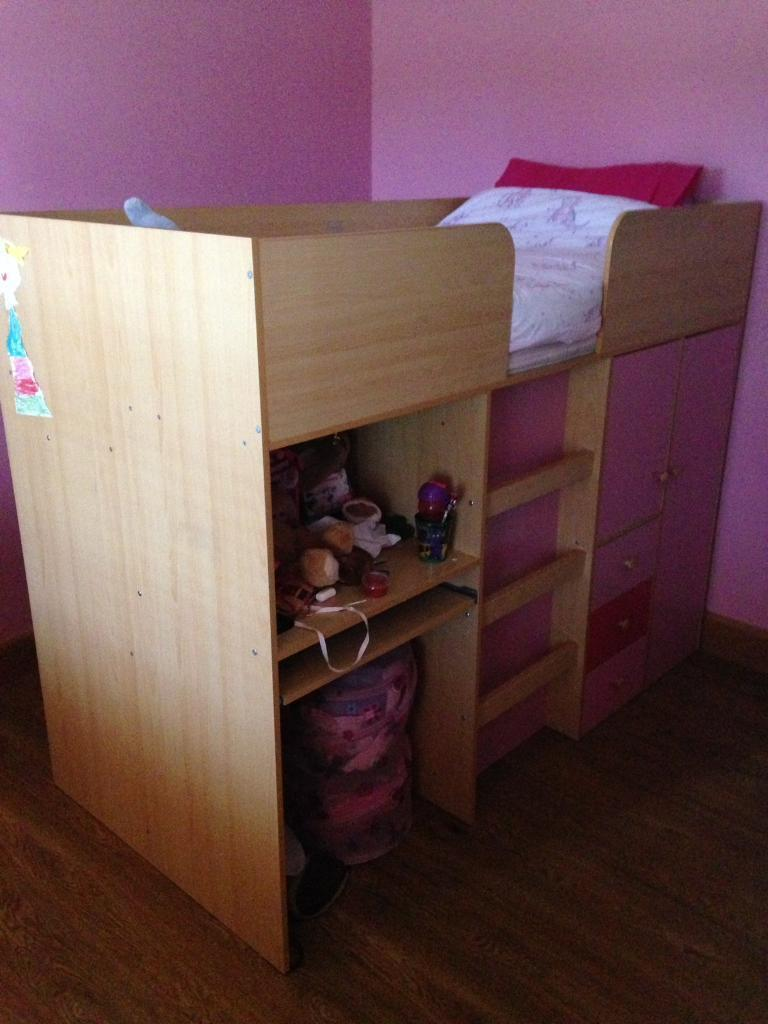 Mid sleeper & chest of drawers