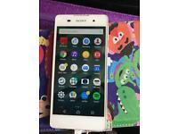 Sony Xperia e5 white unlocked like Samsung s5 Iphone 6